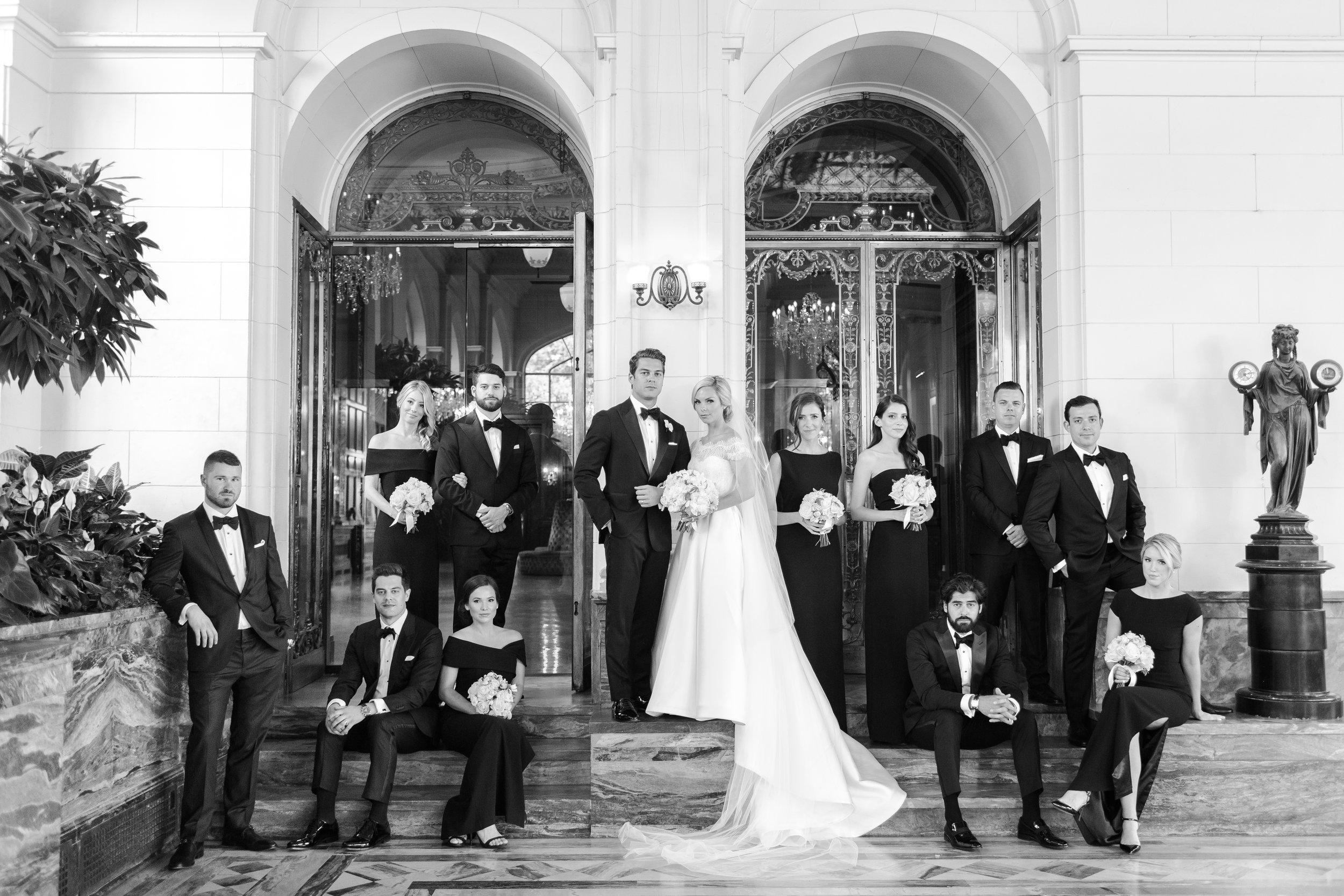 casa-loma-best-toronto-wedding-photographer-soft-bright-pastel-richelle-hunter-aynsley-richie-600.jpg