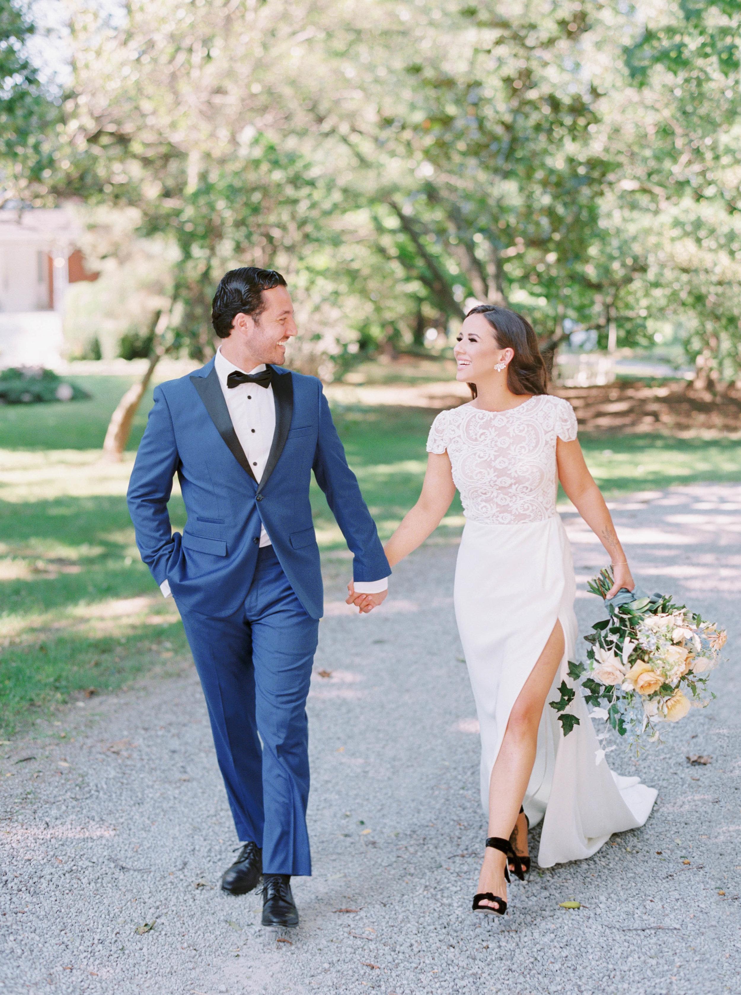 kurtz-gracewood-wedding-soft-airy-photographer-white-book-danielle-carmen-5 cool.jpg