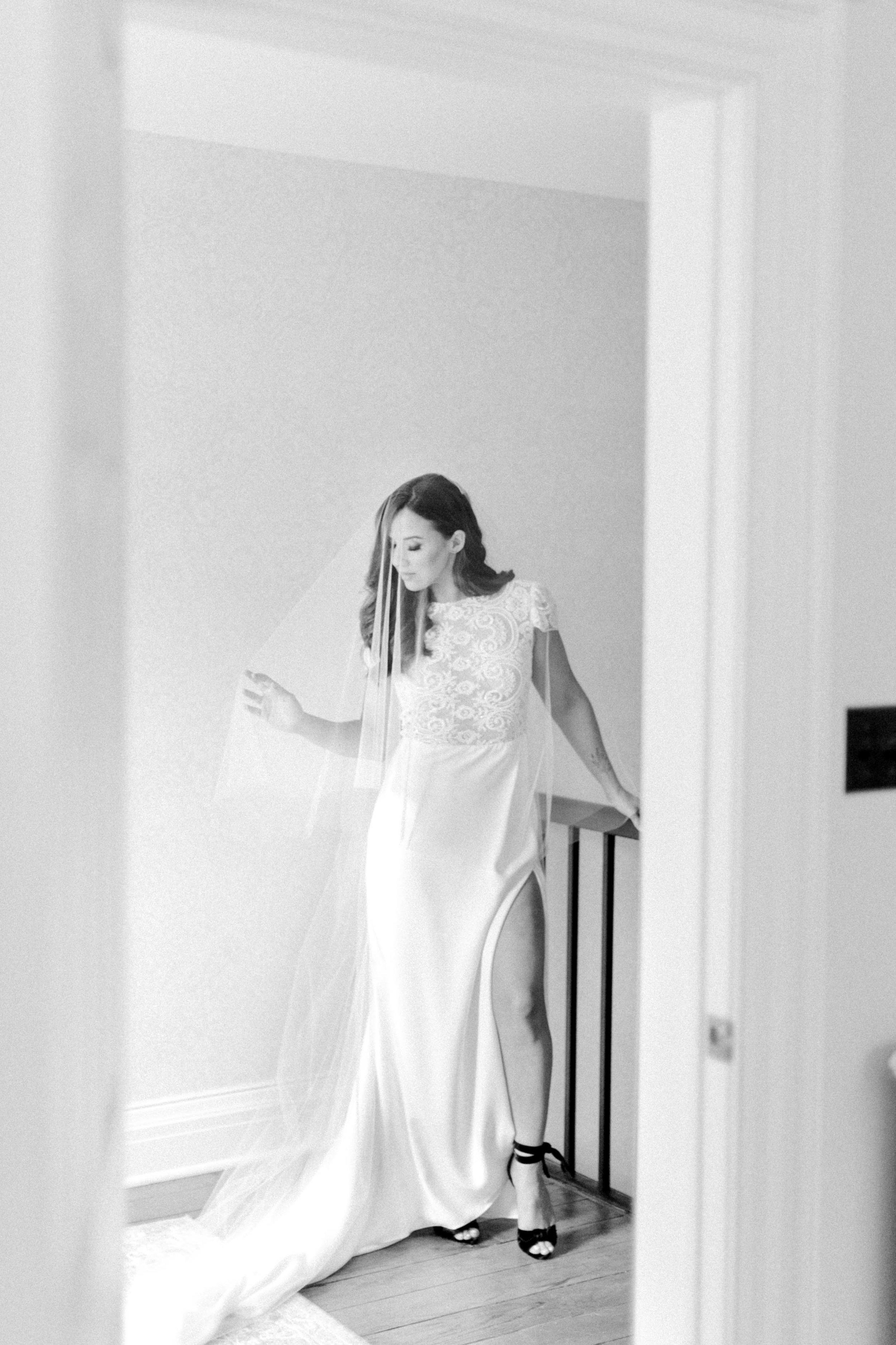 kurtz-gracewood-wedding-soft-airy-photographer-white-book-danielle-carmen-2.jpg