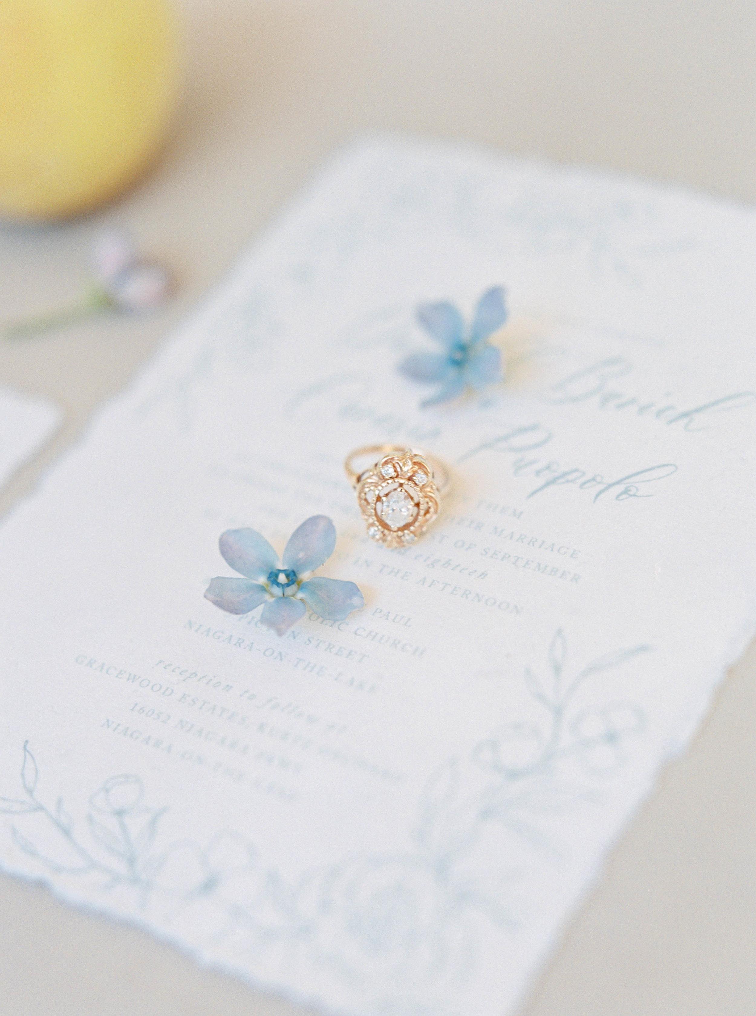 kurtz-gracewood-wedding-soft-airy-photographer-white-book-danielle-carmen-1-2.jpg