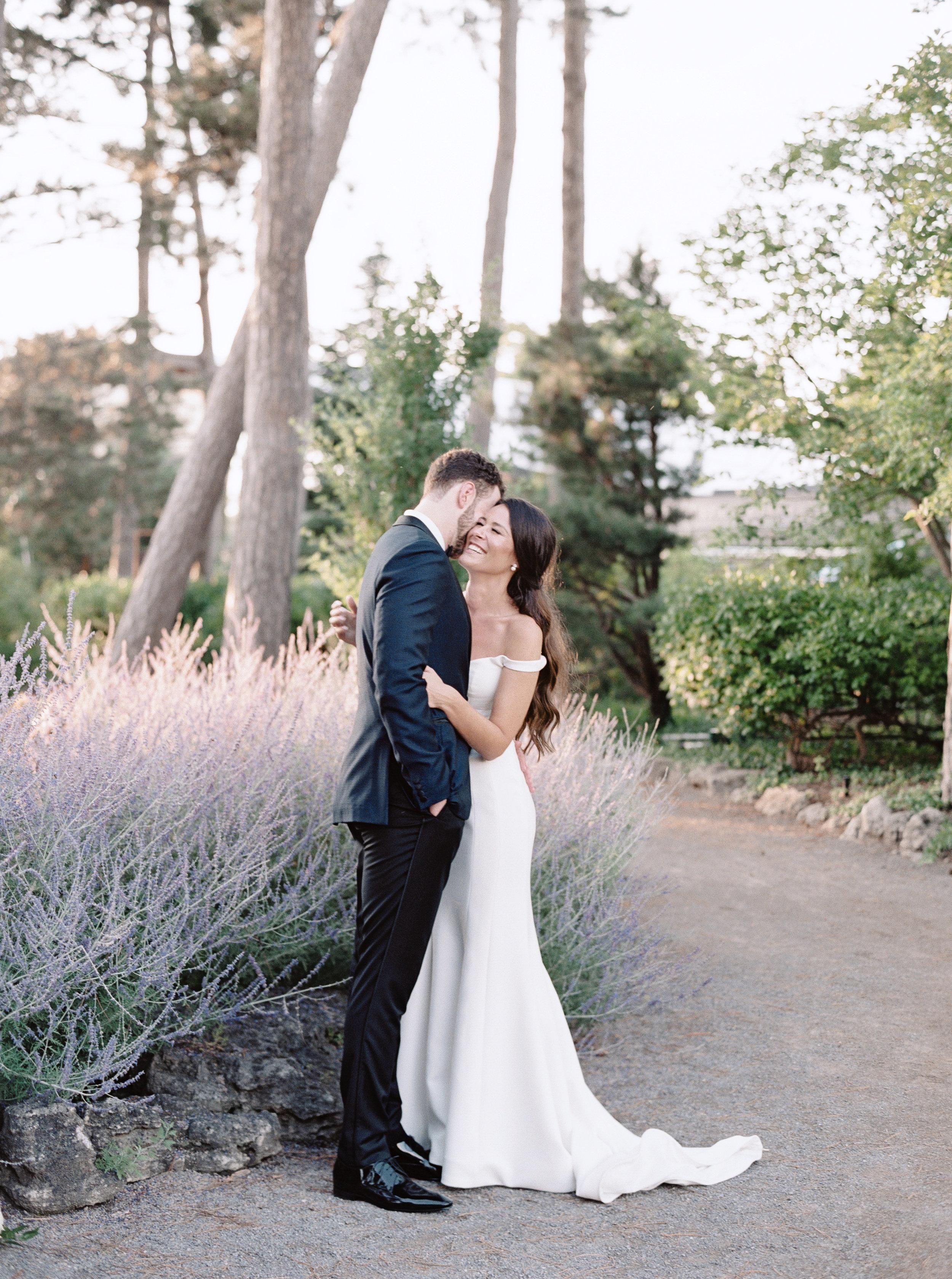 royal-botanical-gardens-burlington-toronto-wedding-photographer-2.jpg