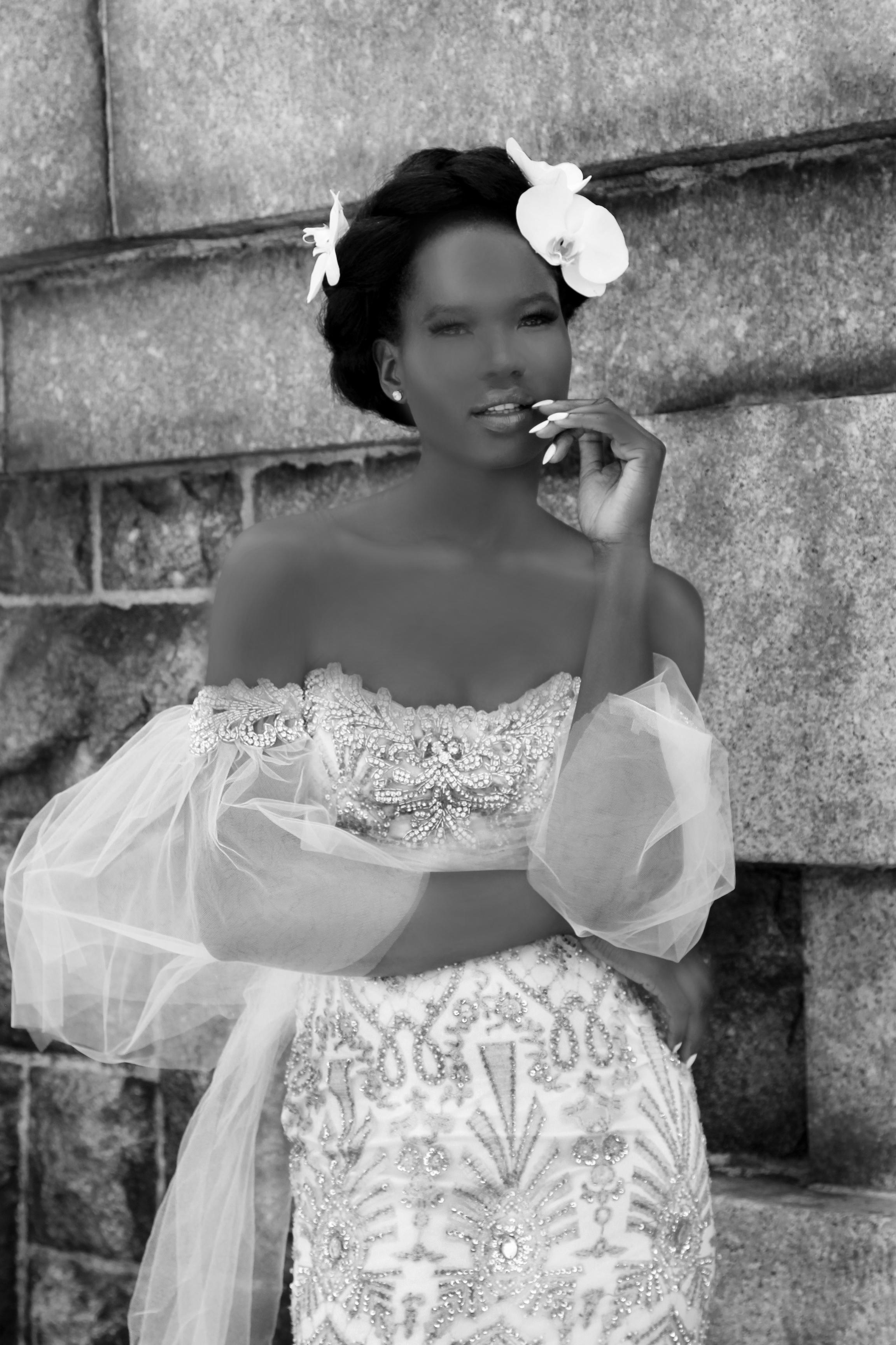 6_art deco mermaid gown_bw.jpg