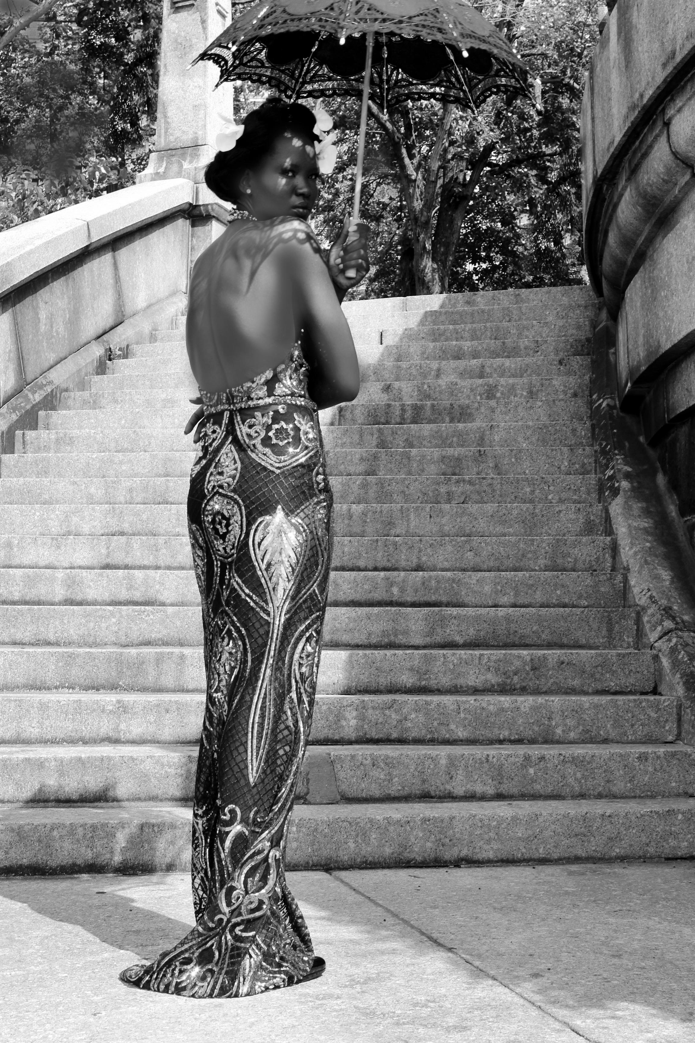 23_alternative gown_bw.jpg