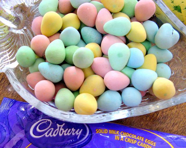 Cadbury Mini Eggs (Andrea_44/Flickr)