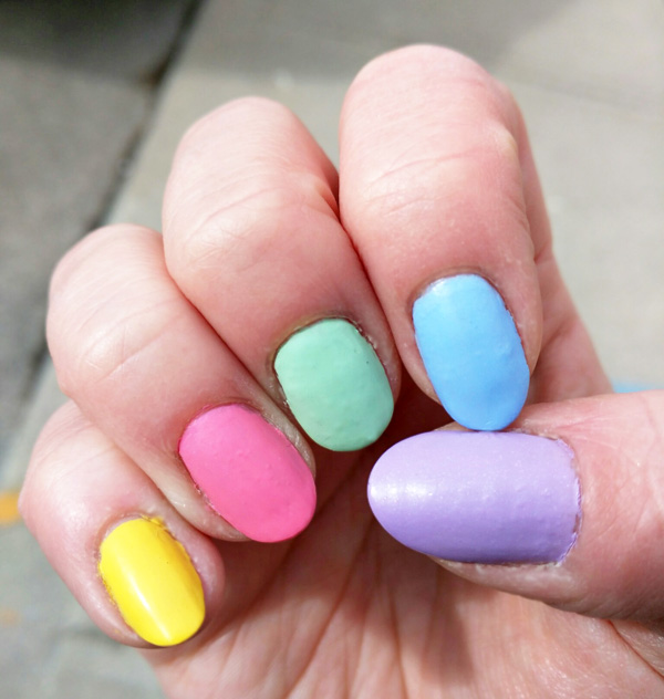 Cadbury Mini-Egg Matte Nails -The final look!