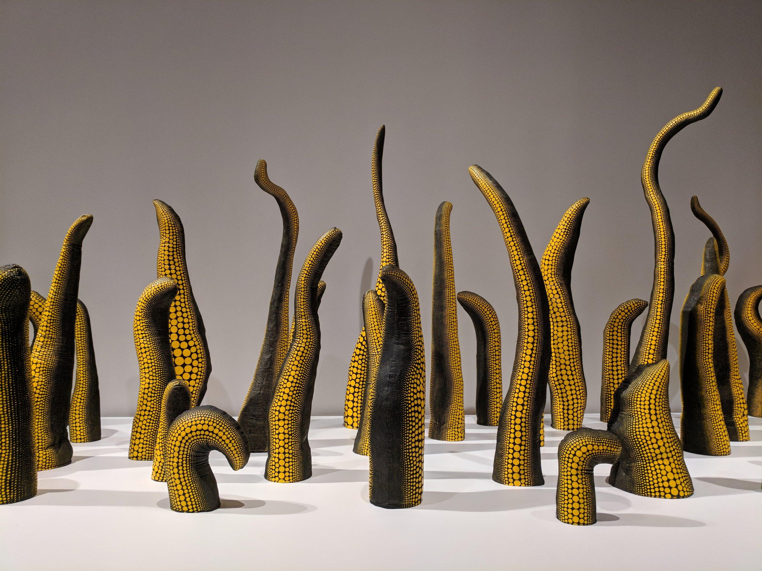 Yayoi Kusama, Life (Repetitive Vision), 1998