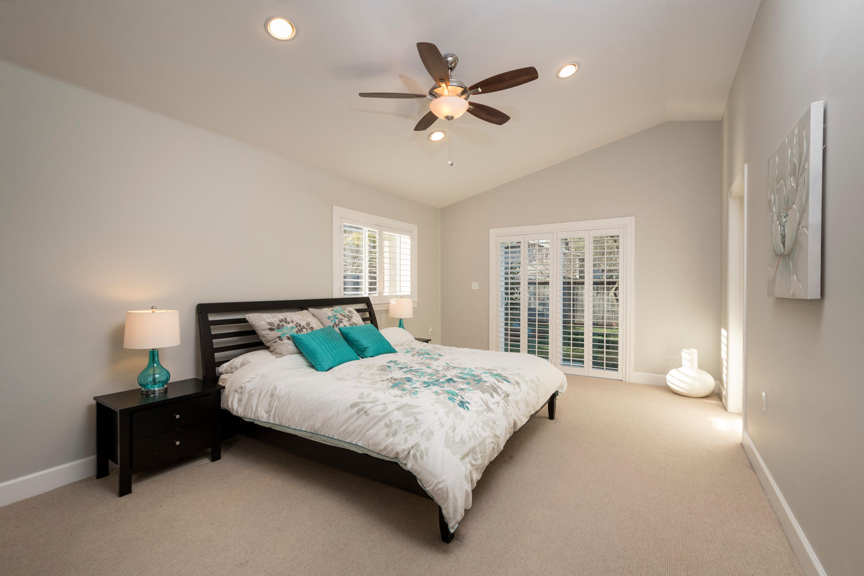 460 King St Redwood City CA-large-016-14-Master Bedroom-1500x1000-72dpi.jpg