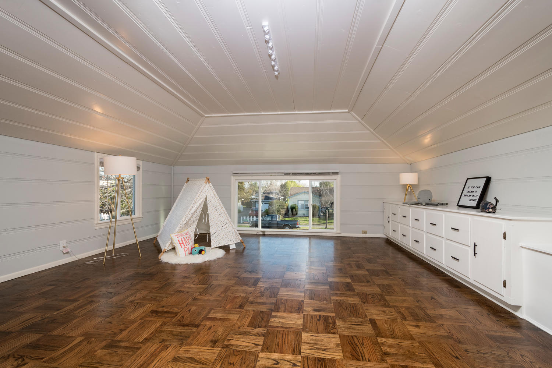 460 King St Redwood City CA-large-022-17-Bonus Room-1500x1000-72dpi.jpg