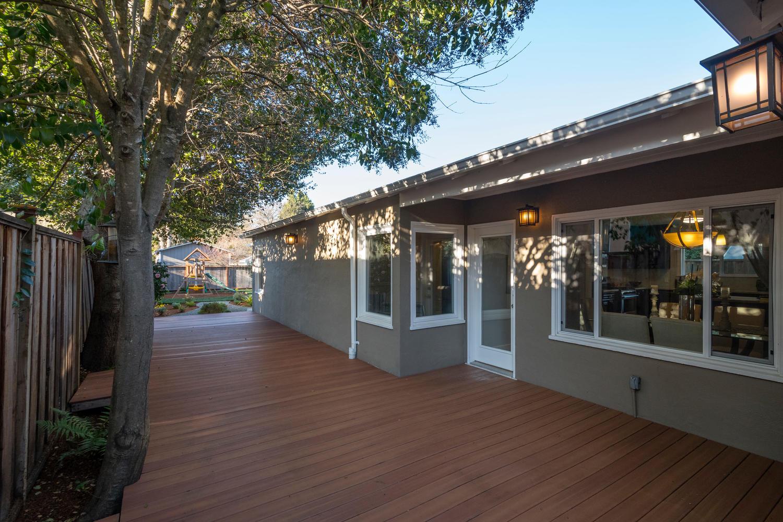 460 King St Redwood City CA-large-023-19-Deck-1500x1000-72dpi.jpg