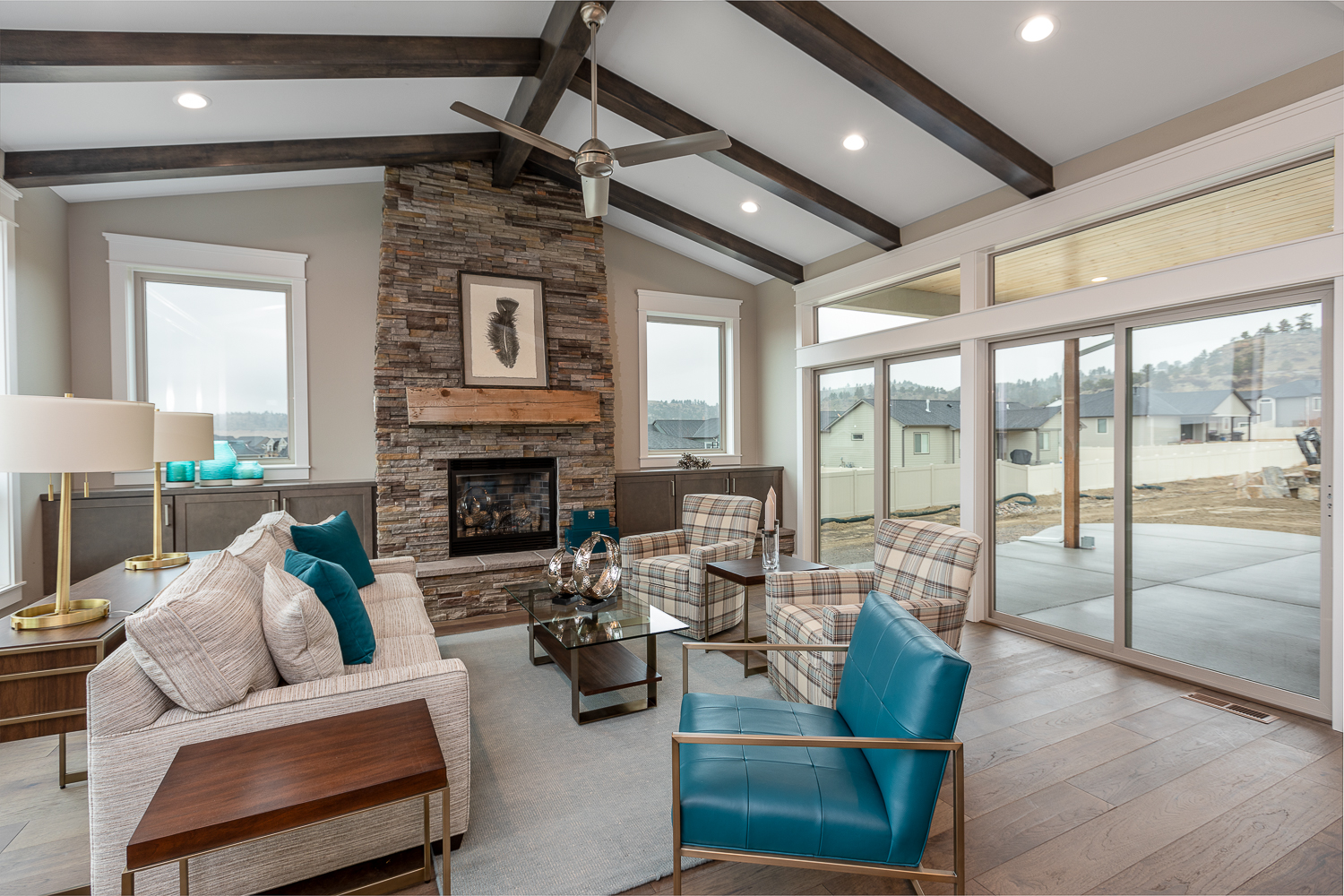 St Jude Home Staged Home-4.jpg