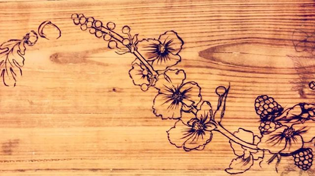 That time I woodburnt a whole bedframe, but didn't document it too well... 😳  #woodworkers #wood #woodgrain #woodworking #woodburning #woodburningart #pyrography #pyrographyart #pyrographer #wapato #westcoast #westcoastartist #douglasfir #pacificnorthwest #pacificrim #pacificwestcoast #vancityart #vancityartist #maker #makersgonnamake