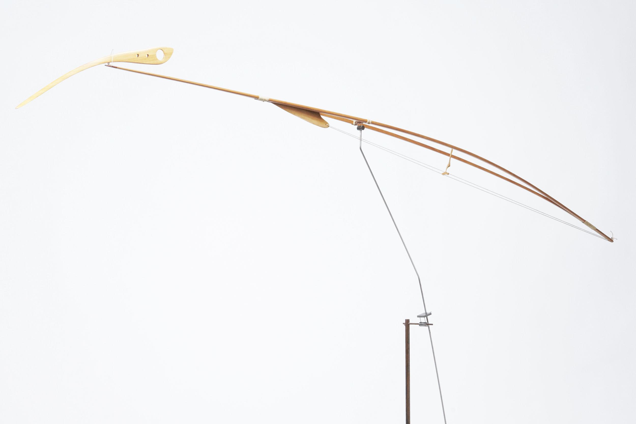 Escultura estática de madera de bubinga, creada por Antoni Yranzo en el año 2005 en su estudio-taller de Barcelona