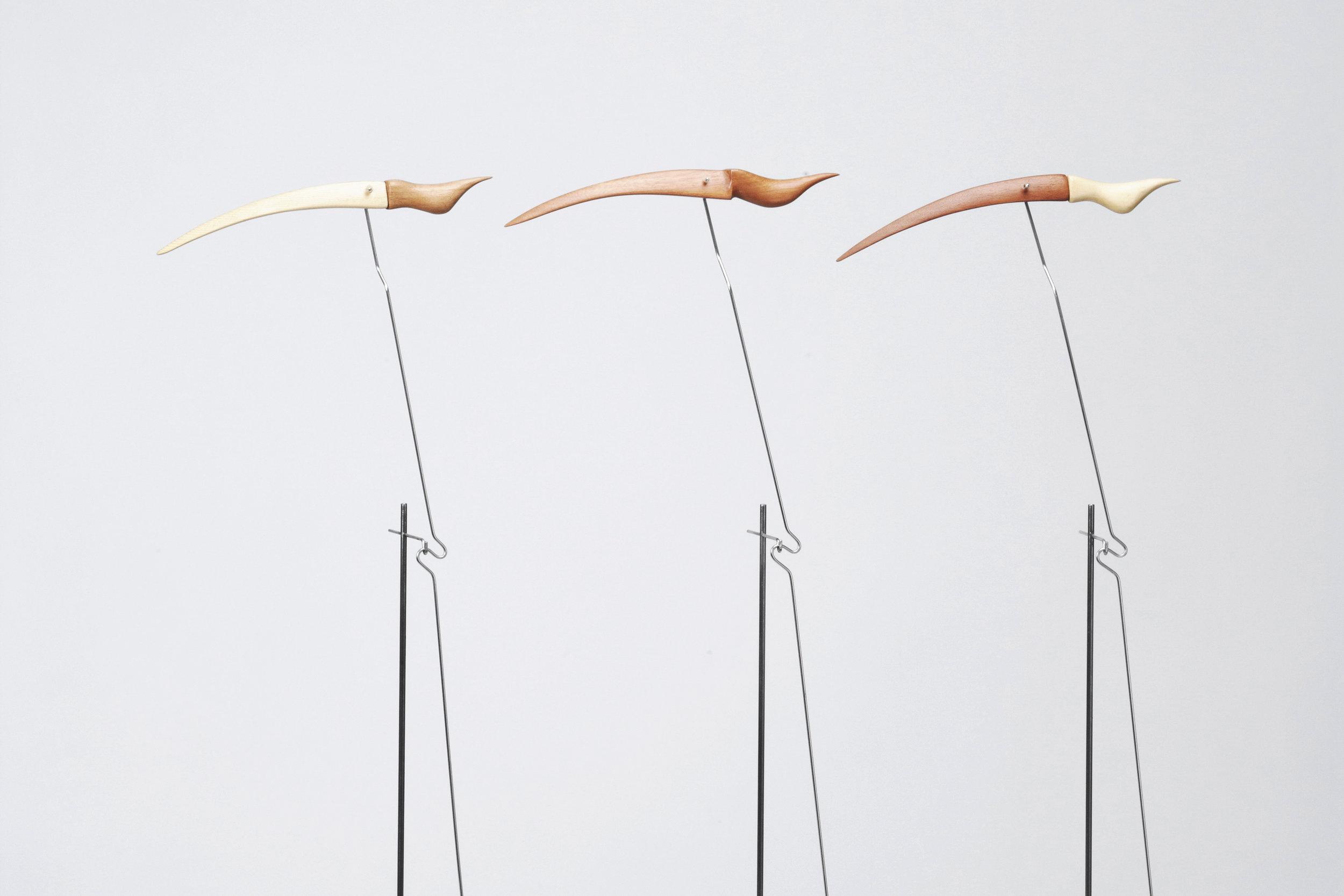 Esculturas estáticas pequeñas de madera de cedro, creada por Antoni Yranzo en el año 2007 en su estudio-taller de Barcelona