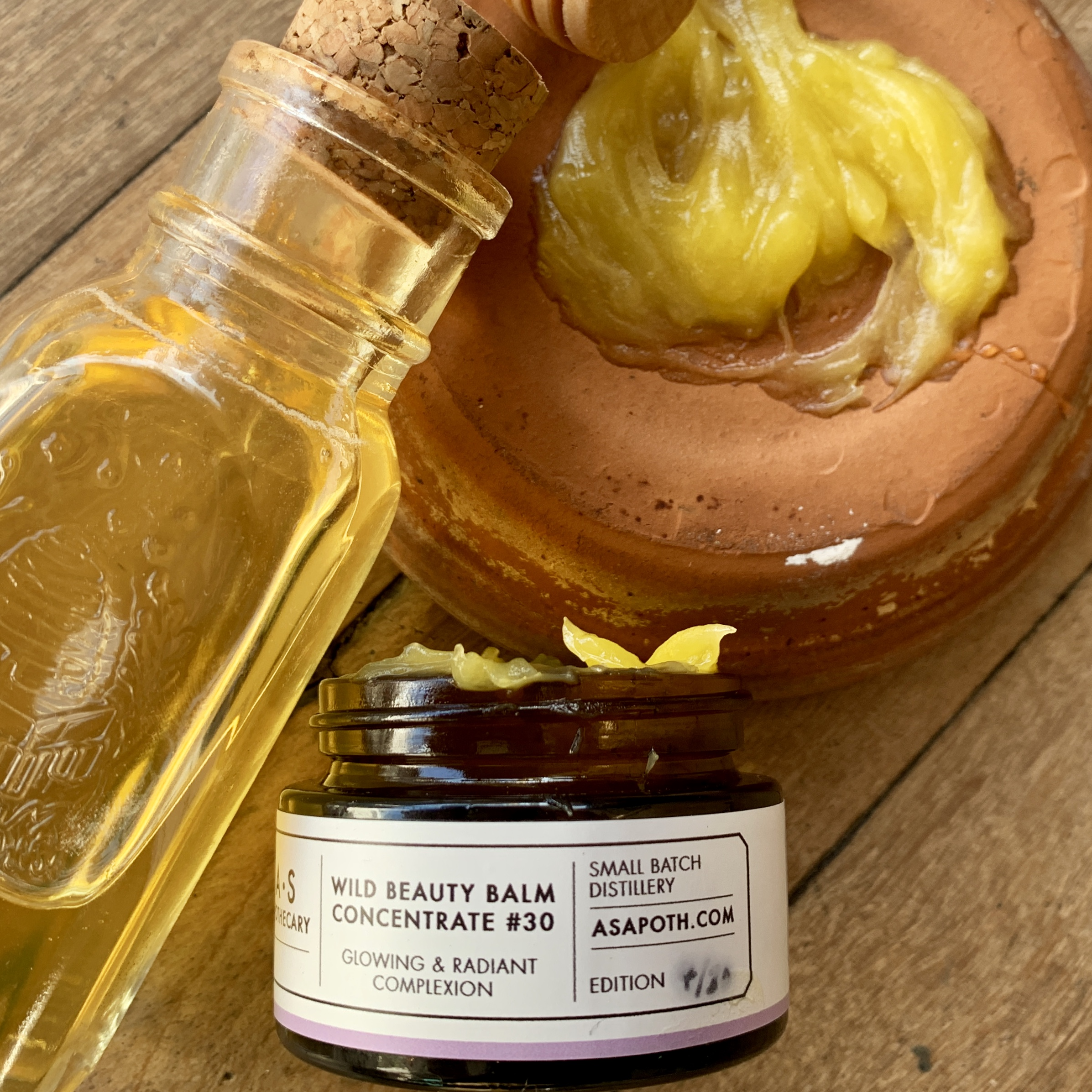 A.S.APOTHECARY Raw Honey with Wild Beauty Balm for a profundingly moisturising and healing facemask and a glowing complexion