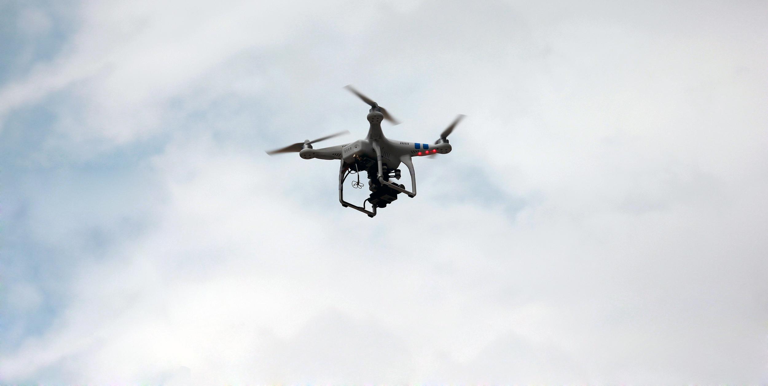 Det er forbudt å bruke droner i forbindelse med jakt.