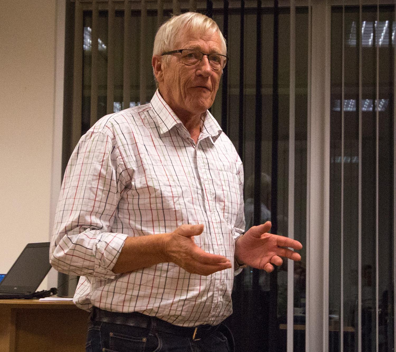 Arne Kleppa, historieforteljar frå Hjelmeland. Foto: Kjell Bitustøyl