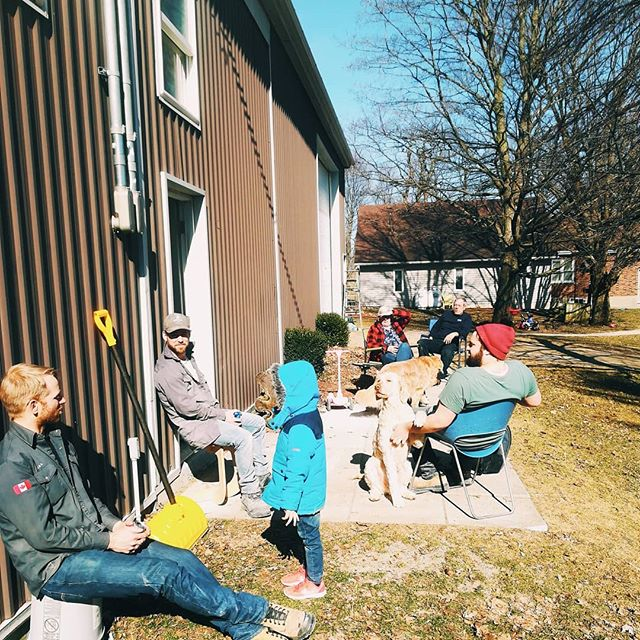 Enjoying a beautiful sunny Friday afternoon! The guys had a long hard week of broken machines and building sewing furniture, so it's always nice to take a break at the end of it all and enjoy the sun . Happy Friday! . . . . . . #oxfordproud #sewingfurniture #eddycrest #eddycrestfurniture #springtimesunshine #smallbusiness