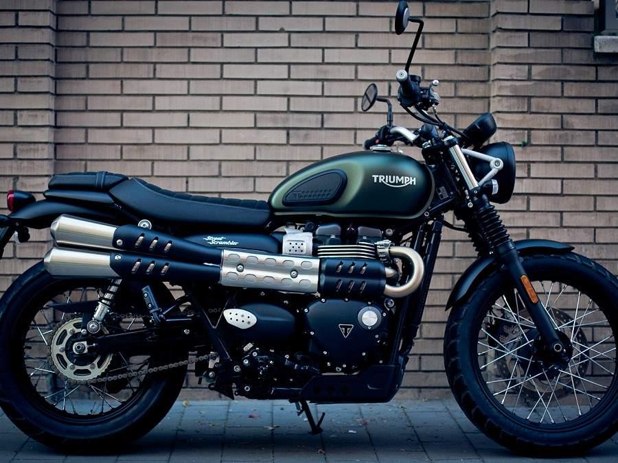 motorcycle-rentals-barcelona-retrorides-w900h675.jpg