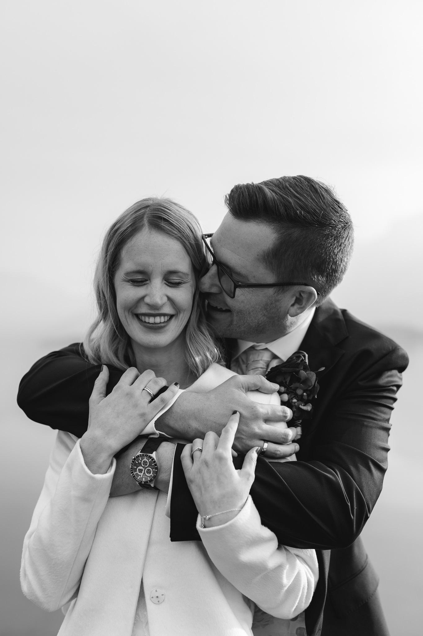 Paar Mondsee Umarmung Hochzeit Wedding