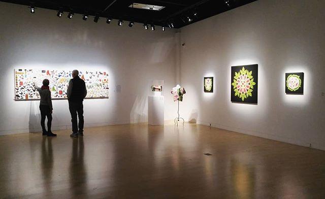 "Explaining the story behind ""All My Relations"". . . . . . #metisart #allmyrelations #exhibition #history #relatives #botanicalart #plantbasedart #b2b #metisvisualartist #contemporaryartist #montreal #gallery #métishistory #metis"