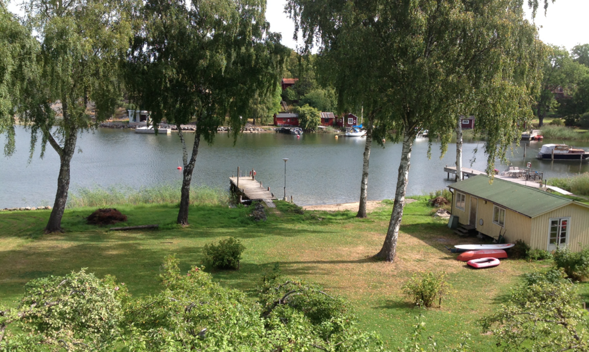 View from the bedroom in the Stockholm Archipelago, where my darning days continued into late summer...