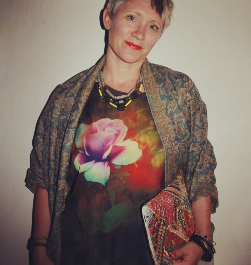 Christmas Eve outfit: second hand Paul Smith silk t-shirt, fairtrade woven wrap, recycled sari clutch bag, and recycled necklace from my NYC trip in June