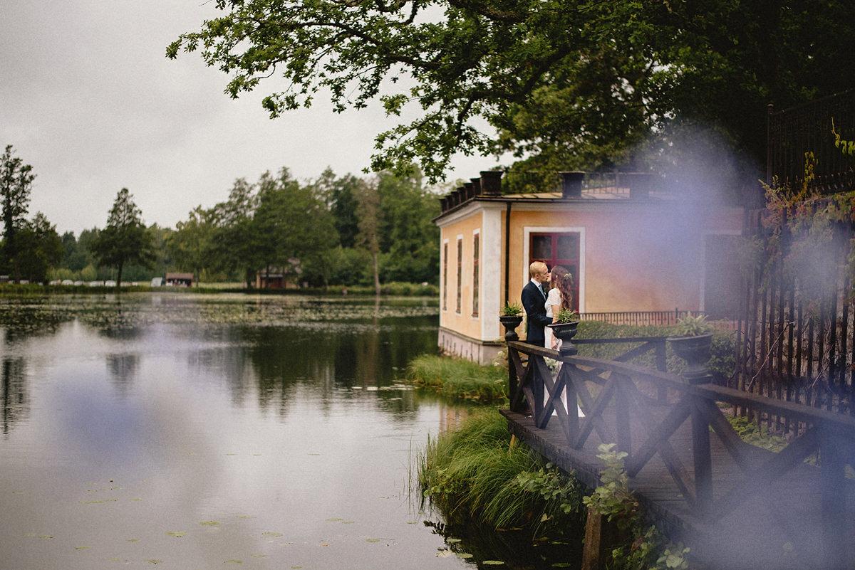 Scandinavian weather for this wedding