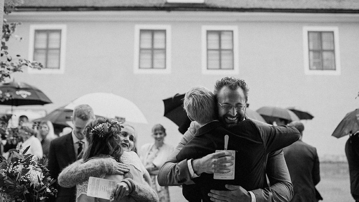 Wedding guest meet the couple