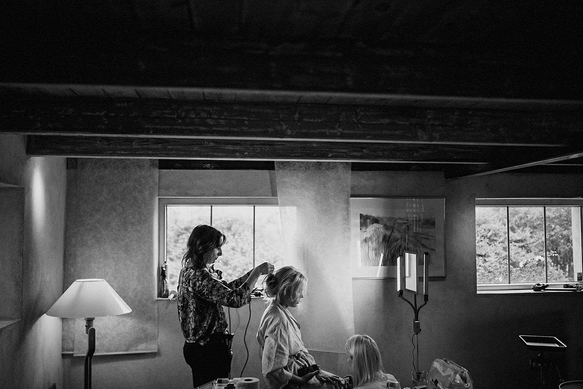Bridal prep Marten Pers Kalla