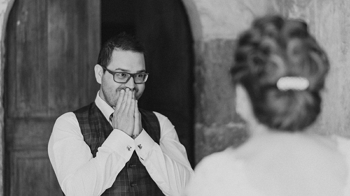 Mattias sees his beautiful bride