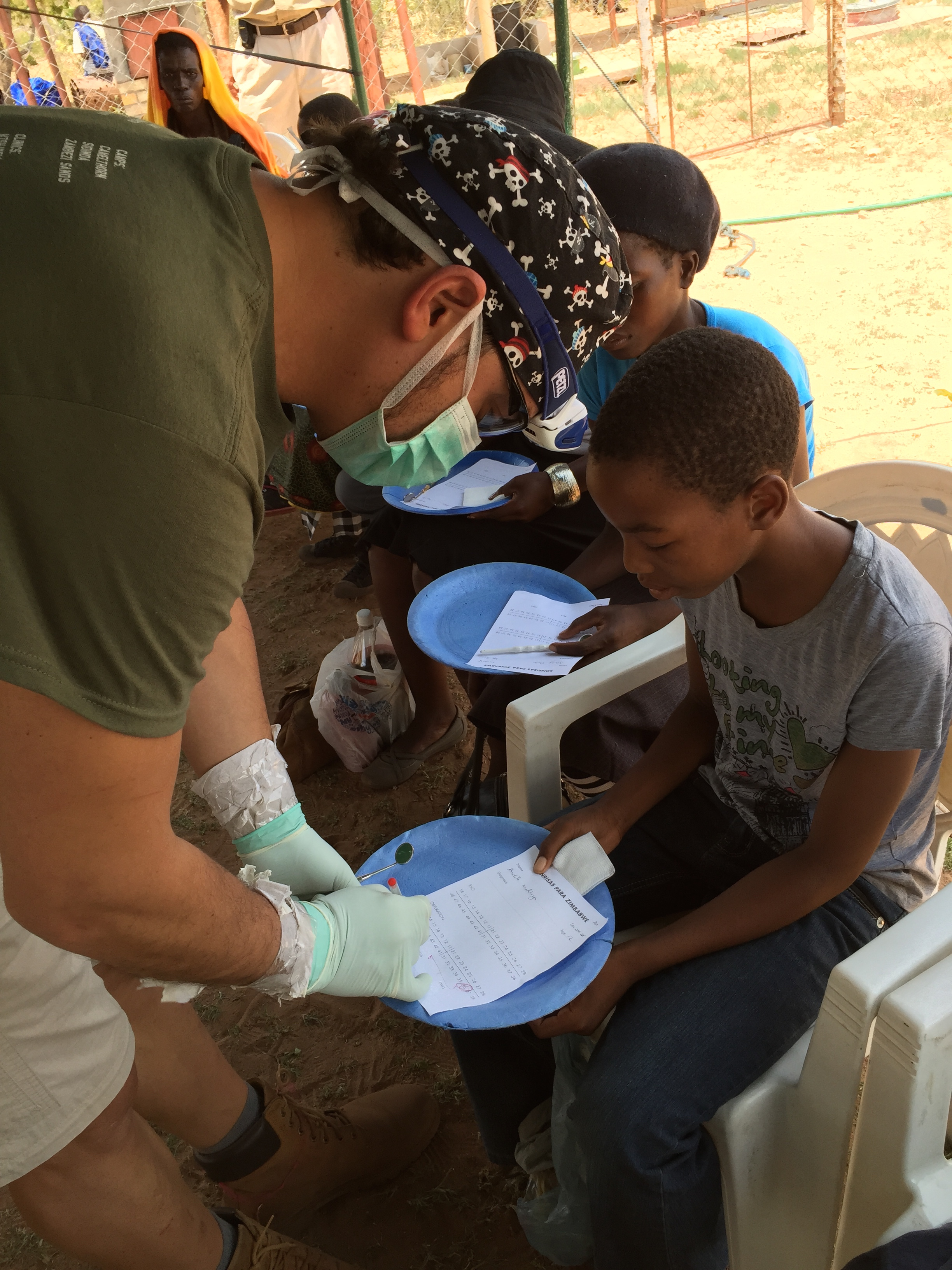 Cesar diagnoses patients before they get anasthesia at Sipepa.