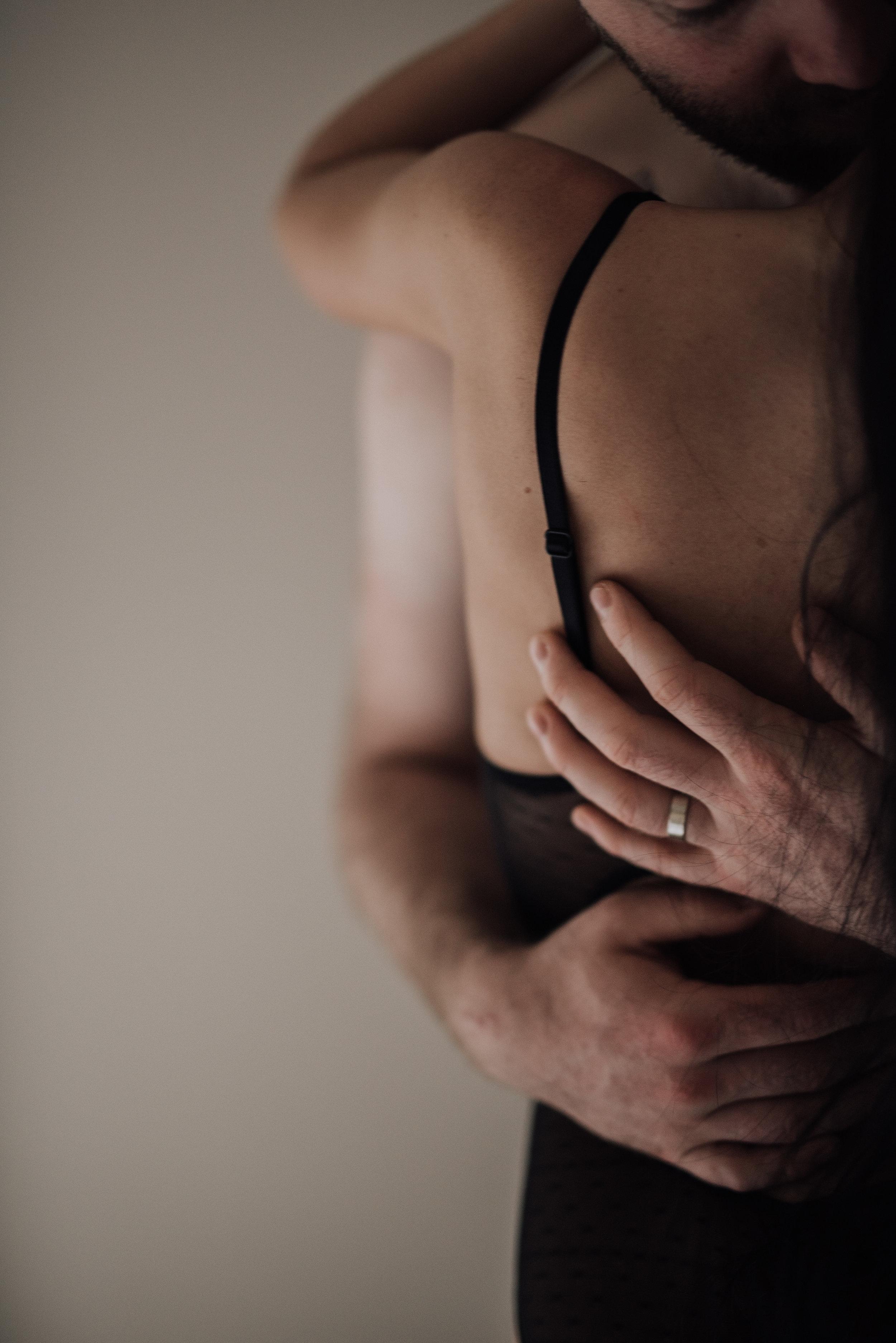 Intimate_Engagement_Philadelphia-151.jpg
