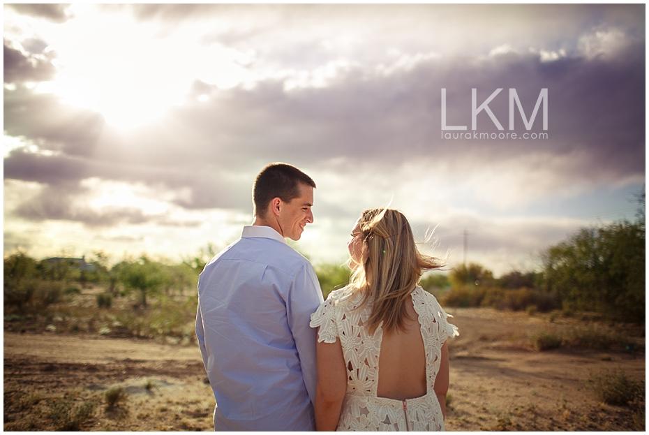 desert-engagement-session-scottsdale-wedding-photographer_0003.jpg