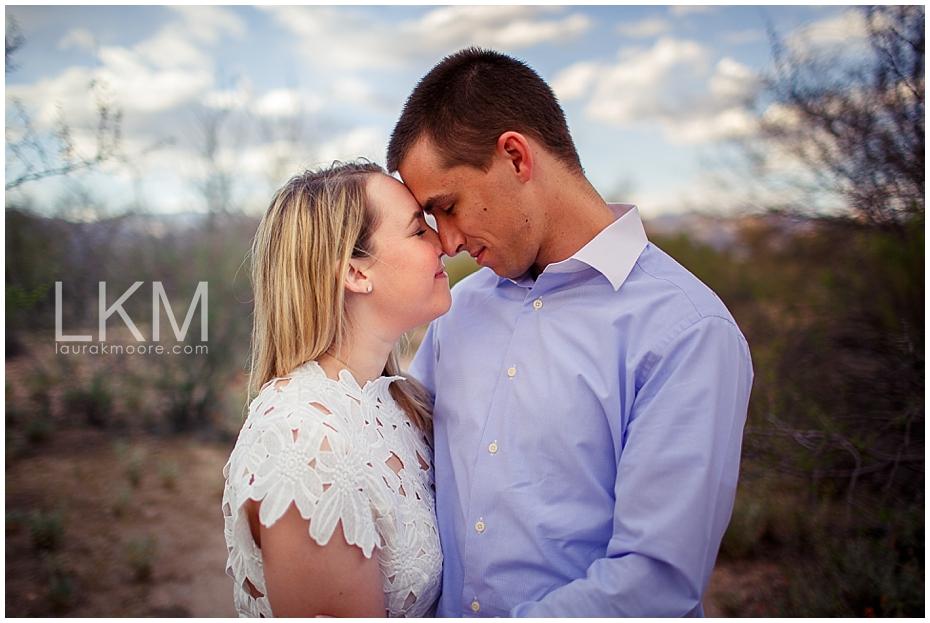 desert-engagement-session-scottsdale-wedding-photographer_0011.jpg