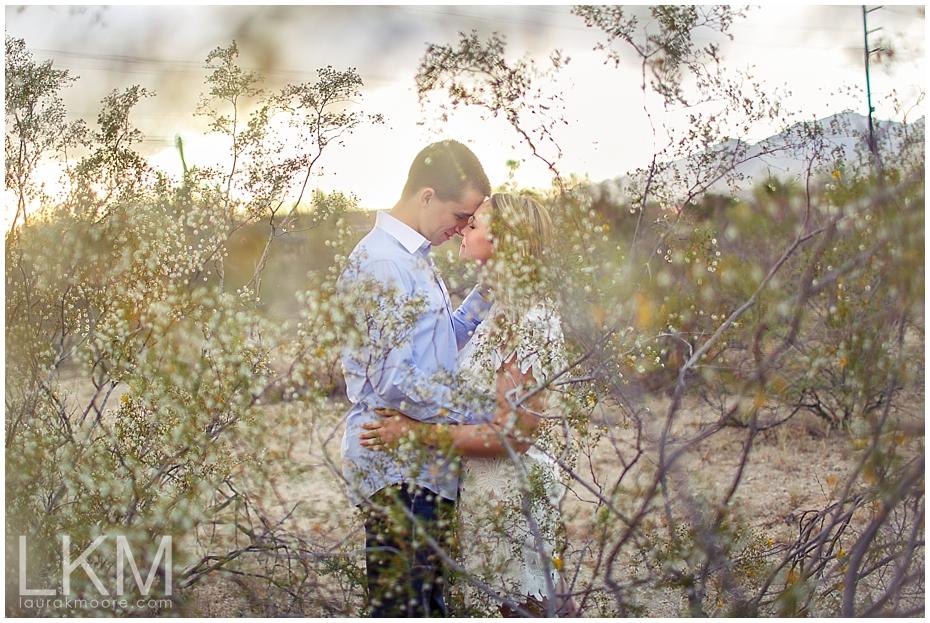 desert-engagement-session-scottsdale-wedding-photographer_0016.jpg