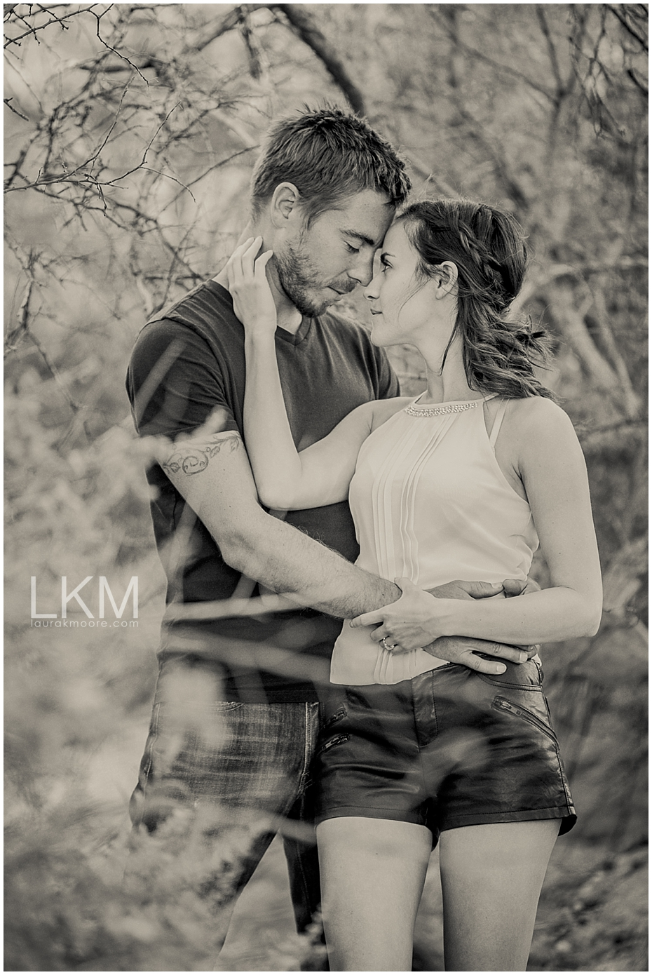 Tucson-arizona-engagement-session-palo-verde-yellow-flowers-_0018.jpg