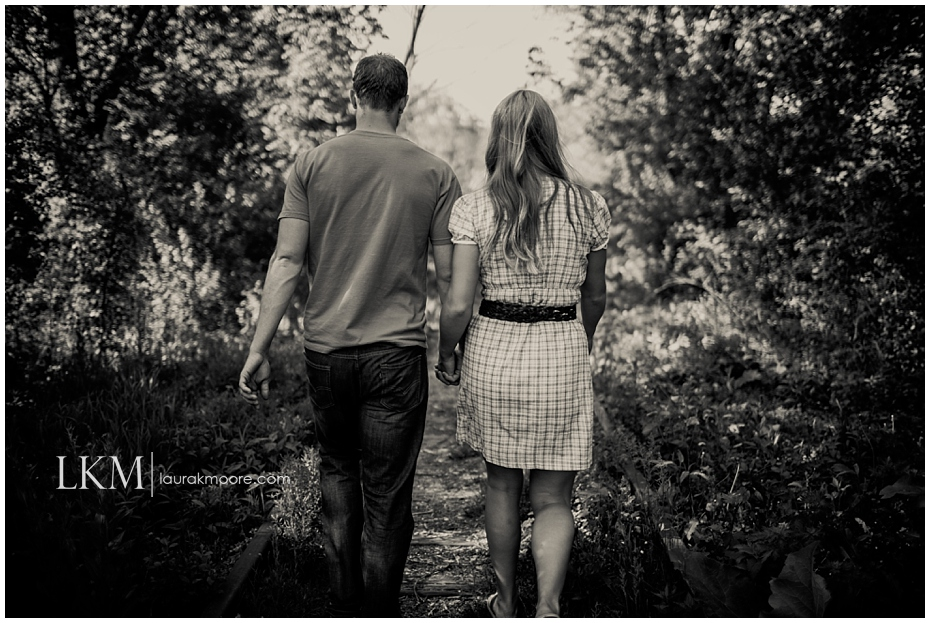 Milwaukee-Fun-Engagement-Session-Wisconsin-Wedding-Photographer_0002.jpg