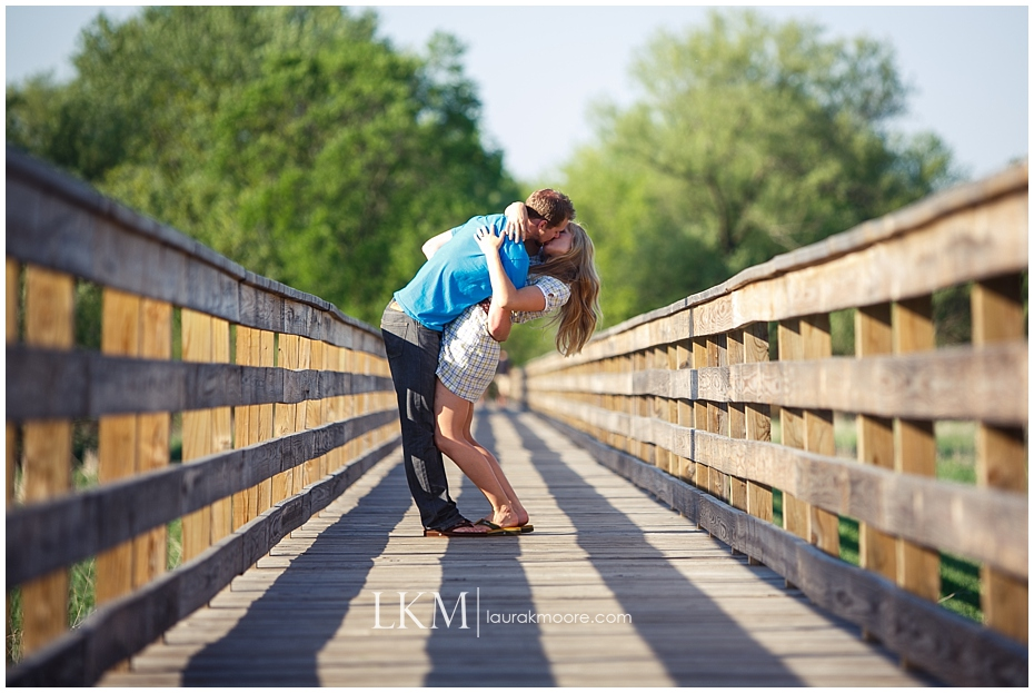 Milwaukee-Fun-Engagement-Session-Wisconsin-Wedding-Photographer_0010.jpg