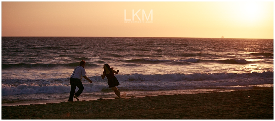 Manhattan-Beach-Engagement-Pictures-Los-Angeles-Wedding-Photographer_0031.jpg