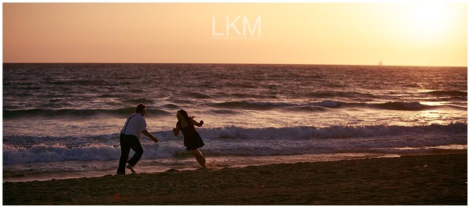 Manhattan-Beach-Engagement-Pictures-Los-Angeles-Wedding-Photographer_0031.jpg