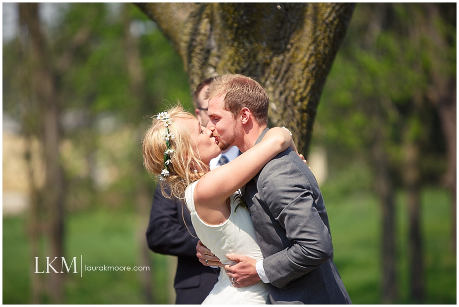 Milwaukee-Wedding-Photographer-Laura-K-Moore-KUHLOW_0074.jpg