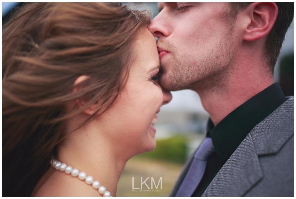 astoria-oregon-wedding-portland-laura-k-moore-destination-photographer-seth-joelle-weisser_0060.jpg