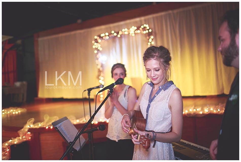 astoria-oregon-wedding-portland-laura-k-moore-destination-photographer-seth-joelle-weisser_0136.jpg
