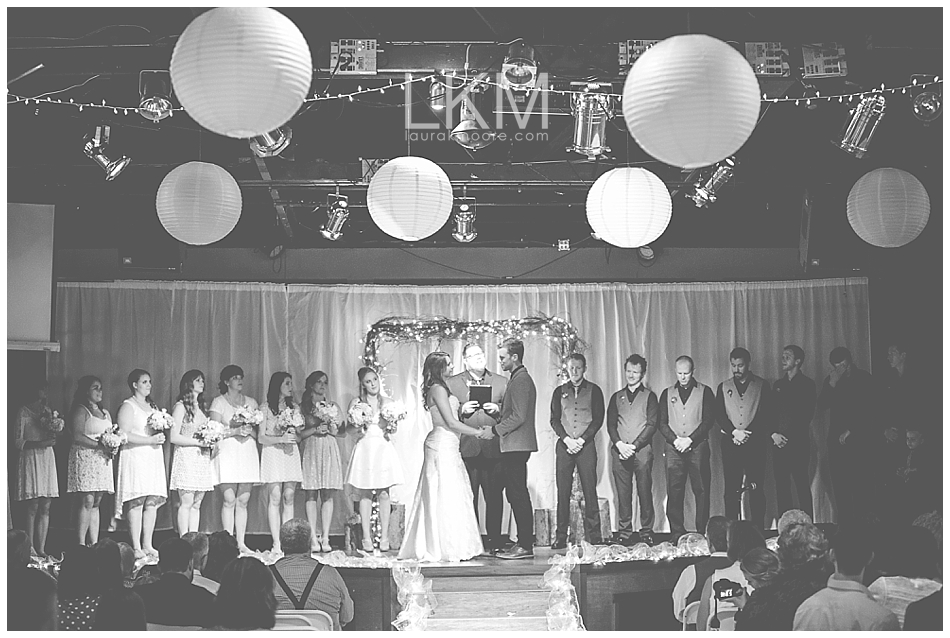 astoria-oregon-wedding-portland-laura-k-moore-destination-photographer-seth-joelle-weisser_0141.jpg