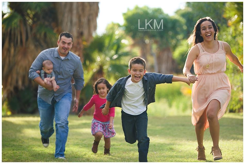 tucson-family-portraits-Matt-Kandice-Tiggas-Agua-Caliente_0047.jpg