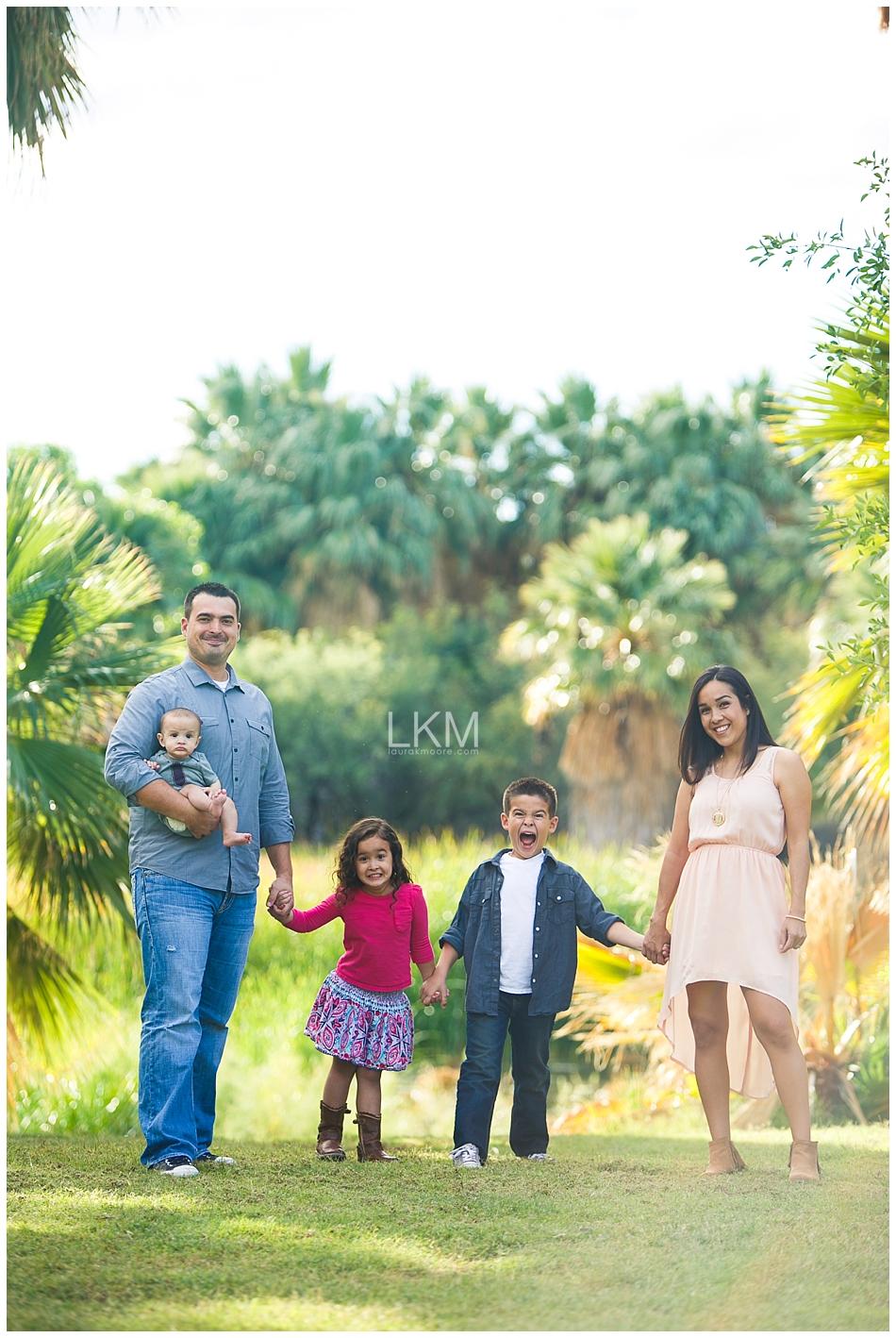 tucson-family-portraits-Matt-Kandice-Tiggas-Agua-Caliente_0048.jpg