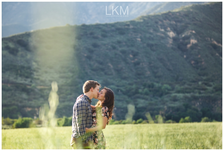 upland-engagement-pictures-fields-sunbeams-mt-baldy_0025.jpg