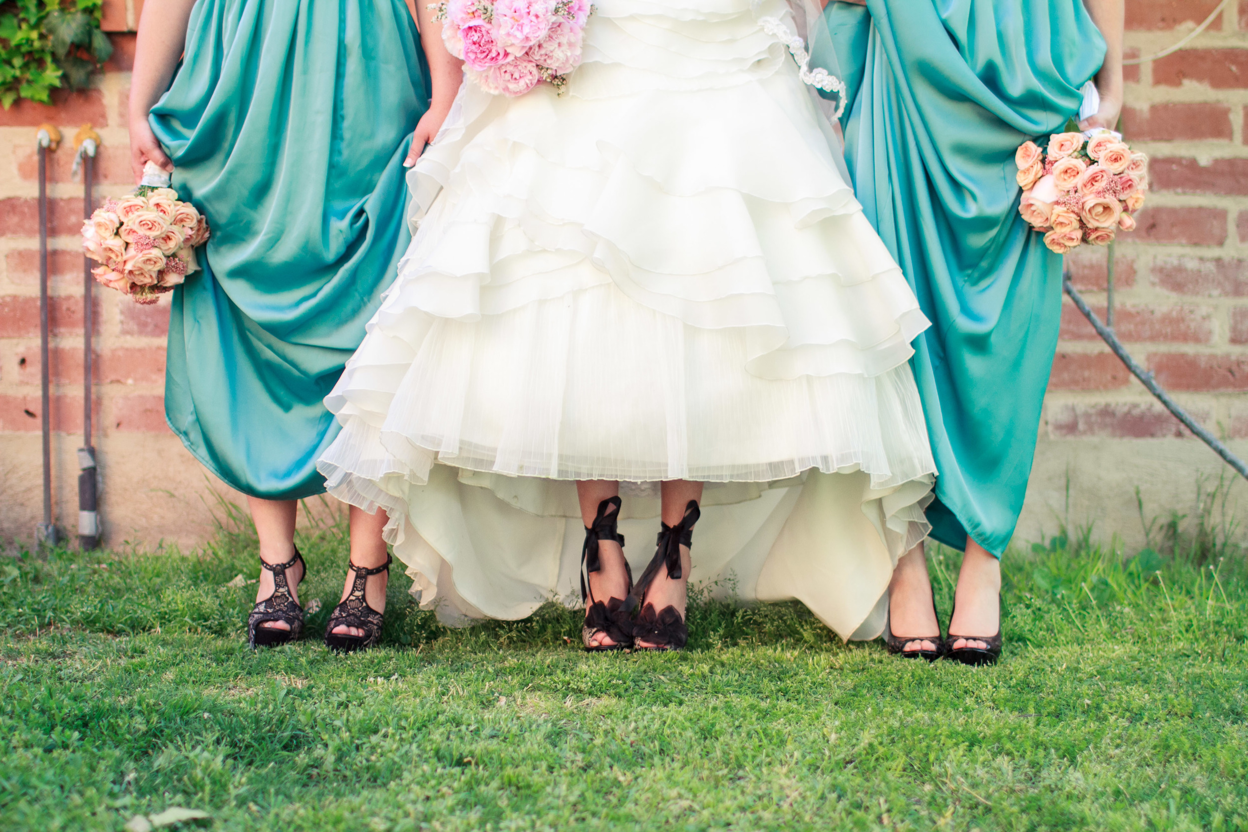 alice-in-wonderland-garden-wedding-laura-k-moore-lkm-studios.jpg