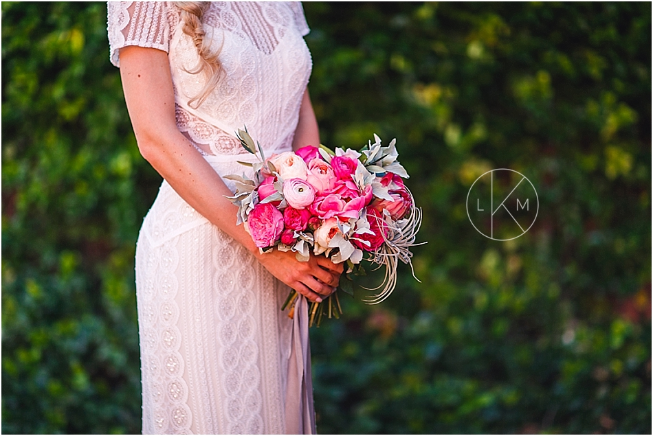 arizona-inn-wedding-pictures-pink-spring-editorial-laura-k-moore-photography_0013.jpg