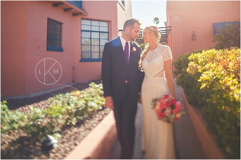 arizona-inn-wedding-pictures-pink-spring-editorial-laura-k-moore-photography_0032.jpg